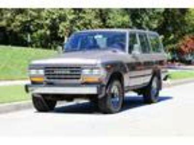 1989 Toyota Land Cruiser FJ62 Wagon