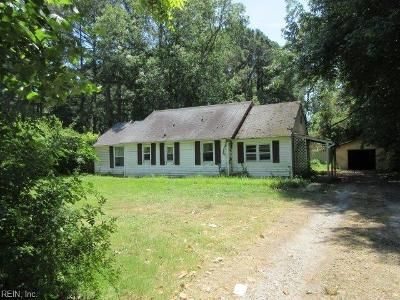 2 Bed 1.5 Bath Foreclosure Property in Hampton, VA 23669 - E Little Back River Rd