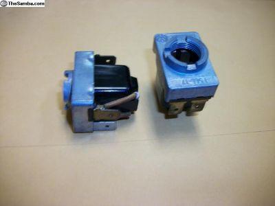 NOS Hella 30A switch p/n 111963105c