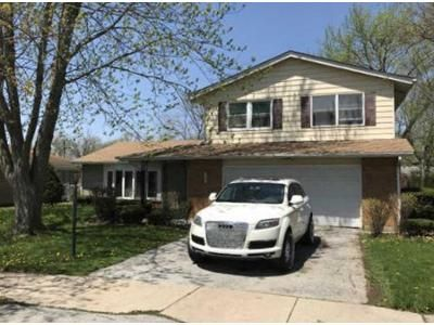 4 Bed 2.5 Bath Foreclosure Property in South Holland, IL 60473 - E 159th Pl