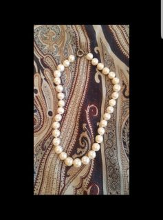 AUTHENTIC Pearl Necklace!