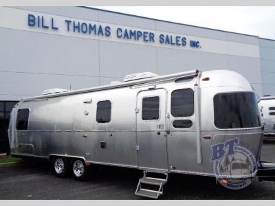 2018 Airstream Rv Classic 30RB Twin