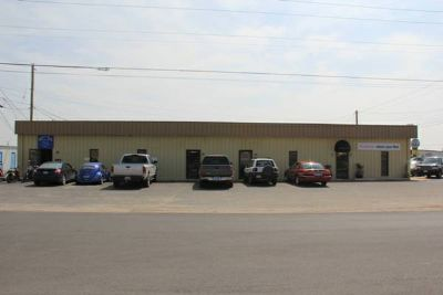 NICE office space with warehouse for Lease $600month  (1998 Industrial Blvd. Ste B Abilene, TX)