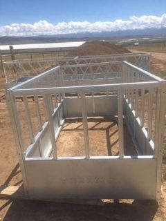 Single Bail Cattle Hay Feeder