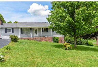 190 Hillside Drive LEBANON, With Four BR and Two BA