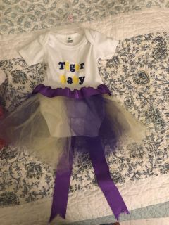 Tiger Baby onesie with made on tutu 0-3 monthes