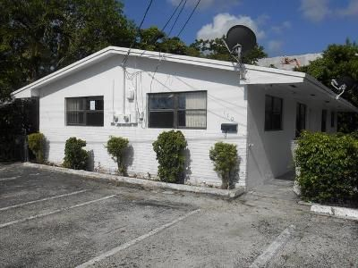 4 Bed 2.0 Bath Foreclosure Property in Dania, FL 33004 - SW 7th Ave