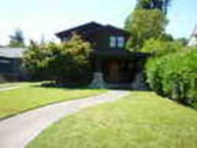 Beautiful Two Story Home On Matheson Street In Healdsburg
