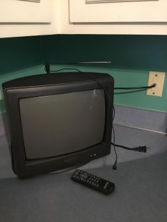 Small Sanyo TV with remote