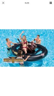 INTEX INFLATABUL FLOAT FOR YOUR BACK YARD POOL OR FUN ON THE LAKE!