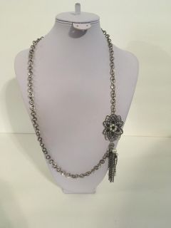 """New Beautiful 29"""" Adjustable Length Silver Tone and Pearl Floral With a Dangle Necklace"""