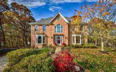 814 Oxford Ct Pine Township - Nal Four BR, Welcome Home!