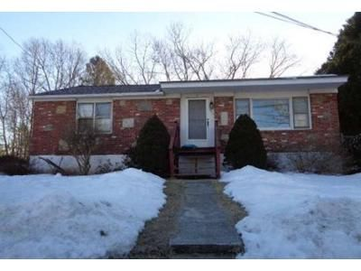 2 Bed 1 Bath Foreclosure Property in Dudley, MA 01571 - Dalessandro Ave