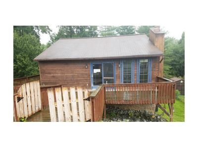 2 Bed 1 Bath Foreclosure Property in Johnson City, TN 37604 - Michael Dr