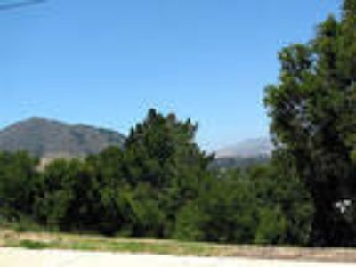 San Luis Obispo Three BR, This 13,430 sq. ft. view lot is located