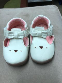 Baby girl size 4.5 shoes