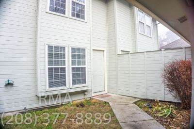 3 Bedroom Duplex on Boise Bench~ Orchard & Irving