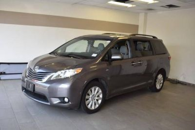 Used 2016 Toyota Sienna 5dr 7-Pass Van AWD