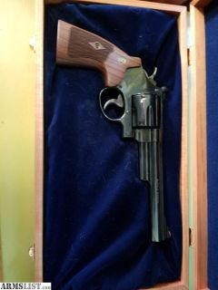 For Sale/Trade: S & W Model 29 44Magnum