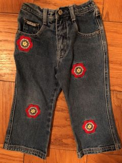 Girls Adorable Flower Blue Jeans. Nice Condition. Size 3T
