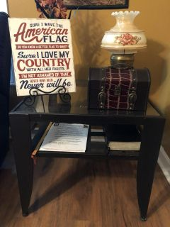Set of 2 side tables: Just want them gone.