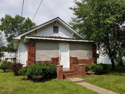 2 Bed 1 Bath Foreclosure Property in Vienna, IL 62995 - N 4th St
