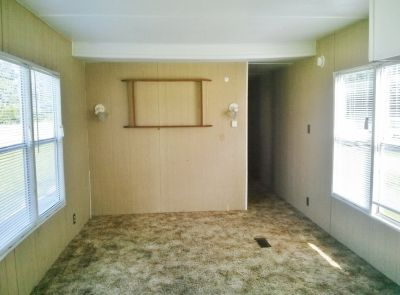 Ready Today! 2Bed / 1Bath Mobile Home!!
