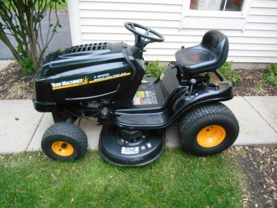 "Yard Machines MTD Lawn Tractor 17.5 HP 42"" 7 Speed Transmission"