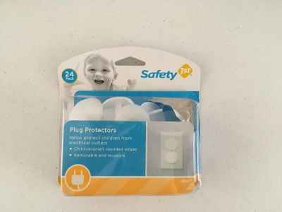 Safety 1st plug protection missing two