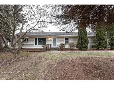 2 Bed 1.5 Bath Foreclosure Property in Troy, MI 48098 - Webb Dr