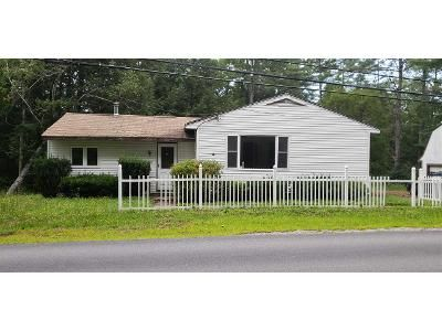 2 Bed 1 Bath Foreclosure Property in Newport, NH 03773 - Bradford Rd