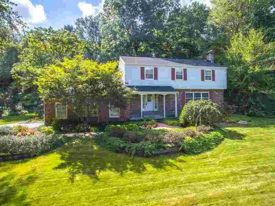 104 Nottingham Way South Clifton Park, Spacious and well