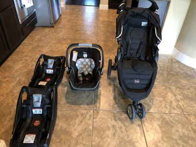 Britax Travel System-EXCELLENT DEAL