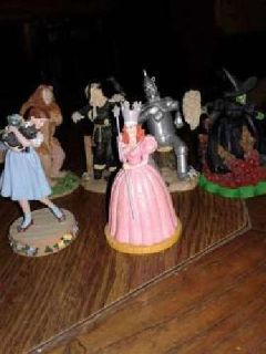 Wizard of OZ figures (18) Resin & plastic. 1966