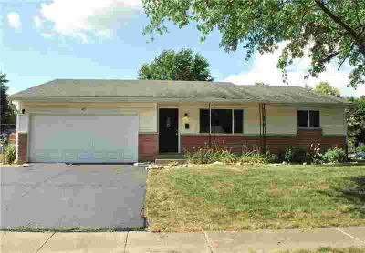 451 Hickory Lane PLAINFIELD Three BR, Beautifully updated ranch