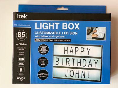 ITEK LIGHT BOX CUSTOMIZABLE LED SIGN WITH 85 LETTERS & SYMBOLS