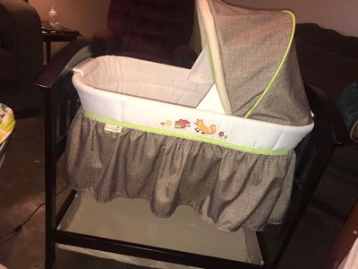 Fox and friends bassinet