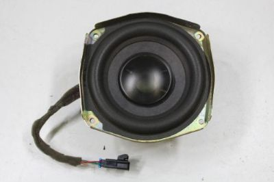 Buy 2003 - 2006 GMC YUKON 1500 XL CENTER WOOFER BOSE OEM motorcycle in Traverse City, Michigan, United States, for US $149.99