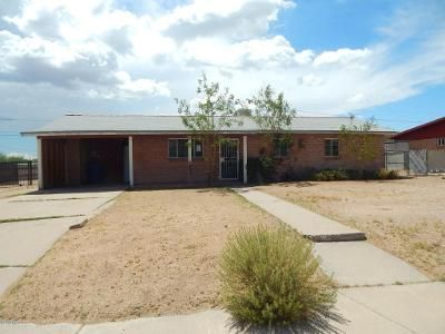3 Bed 1 Bath Foreclosure Property in Tucson, AZ 85705 - N Flores Dr