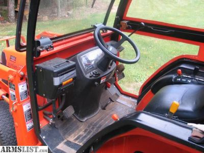 For Sale: Tractor 4WD Hydrostatic Drive (Full cab with Heat)