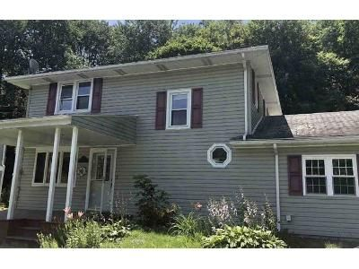 3 Bed 1.5 Bath Foreclosure Property in Bradford, PA 16701 - Constitution Ave