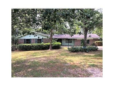 3 Bed 2 Bath Foreclosure Property in Bonifay, FL 32425 - Robin Hood Ln