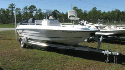 2004 Triumph Bay Boat with 115 Yamaha