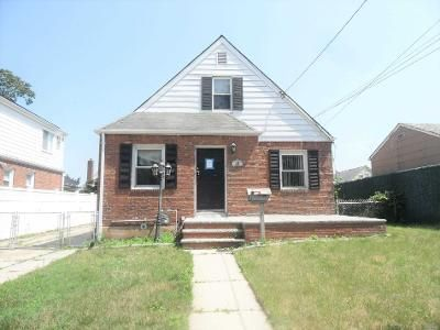 3 Bed 1.5 Bath Foreclosure Property in Valley Stream, NY 11580 - S Frank St