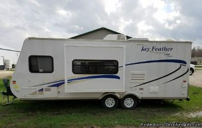 Best Price 2010 Jayco Jay Feather Lite 23B Travel Trailer