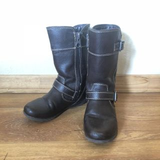 Toddler size 10 boot