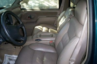 Sell 1997 GMS Suburban Leather Seats. TAN NO RESERVE!! motorcycle in Clifton Heights, Pennsylvania, US, for US $200.00