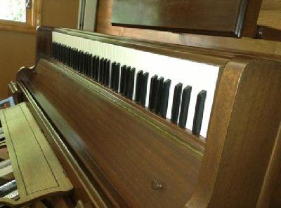 $1,000 OBO Piano