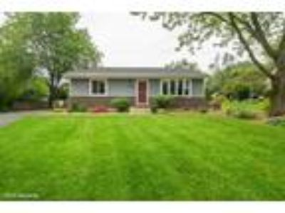 Glen%20Ellyn Three BR, 2N614 Amy Avenue Glen Ellyn