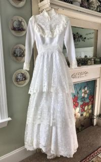 Vintage Lace Western/Frontier Marriage/Wedding Dress Gown - Halloween Costume